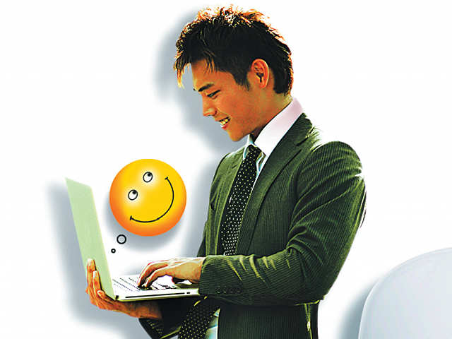 How to go from a real nobody to a digital somebody - The Economic Times