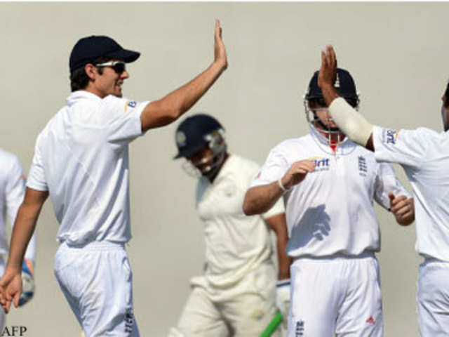 England humiliates India with 10-wicket win, level series 1