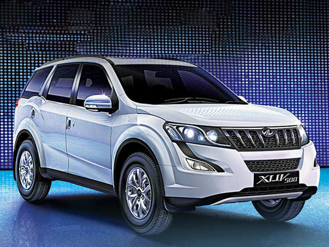 Xuv500 W9 Mahindra Mahindra Rolls Out W9 Variant Of Xuv500 The