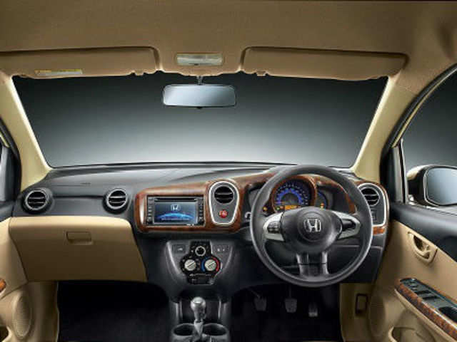 New Honda Mobilio Grades Will Have Avn Rear View Camera The