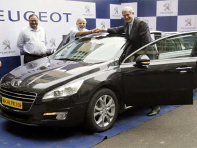 Cars That Start With C >> Psa Peugeot Citroen Will Bring Hybrid Cars To India Philippe Varin