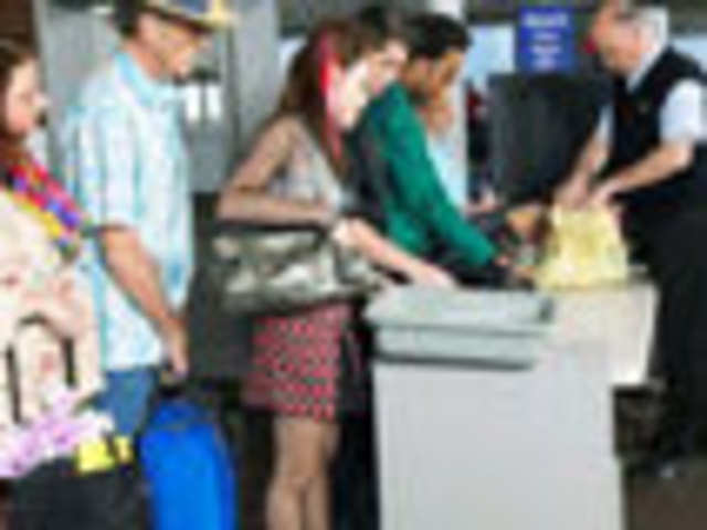 What to declare at the customs while travelling abroad - The ... 1bab3a0c1c170
