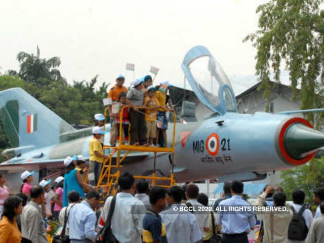 591f0ffdb8f0d IAF to phase out MiG 21 FL combat aircraft on December 11 - The ...