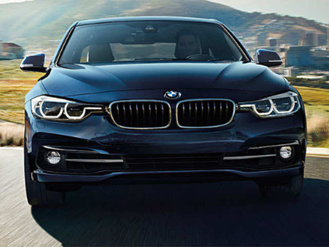 Bmw India Launches Petrol Powered 320i Sedan At Rs 369 Lakh The