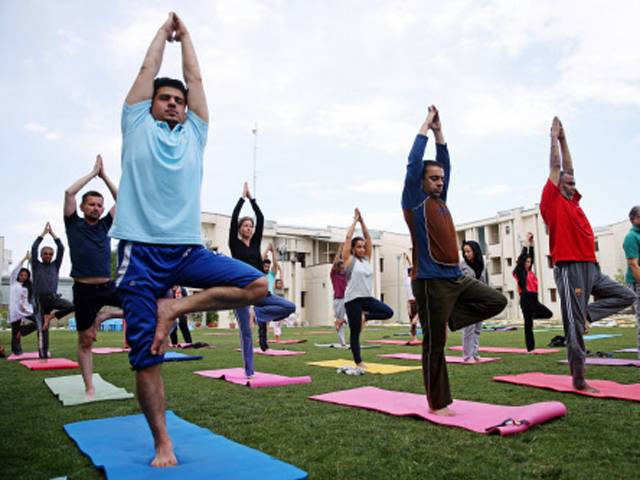 Apps & online platforms to help yoga enthusiasts boost their health