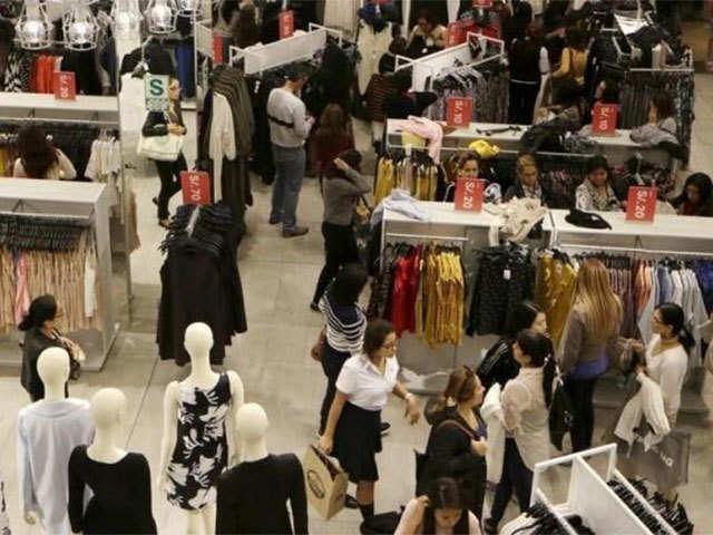 Uniqlo: Big malls roll out the red carpet for Uniqlo - The