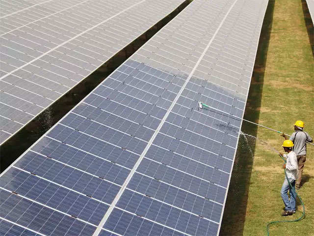 Fotowatio Renewable Ventures Solar Power Firm Frv In Talks With