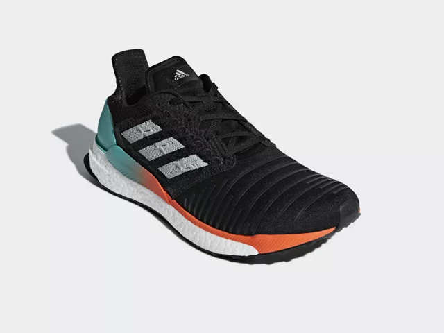 737df39fa Adidas SolarBoost review  The lightweight design and stylish appearance  make it a great buy. Running shoes ...
