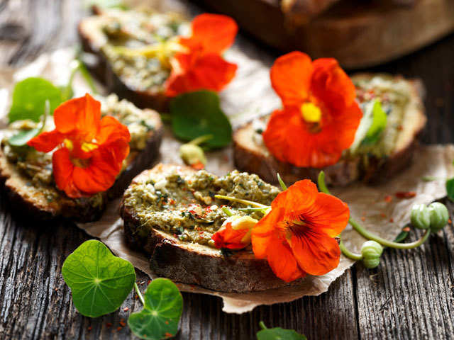 Health Benefits Of Edible Flowers Add Flower Power To Your Daily