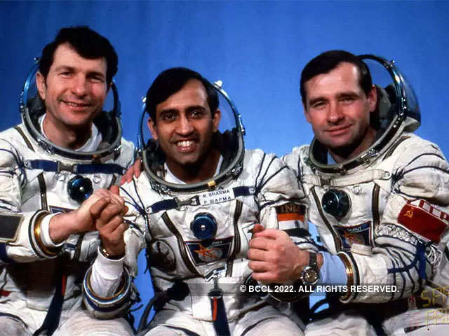 essay on astronaut rakesh sharma