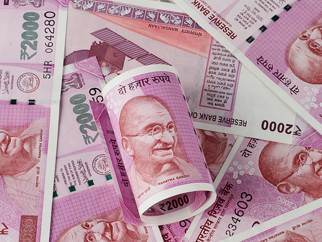 How to escape from minimum balance penalties by banks in India