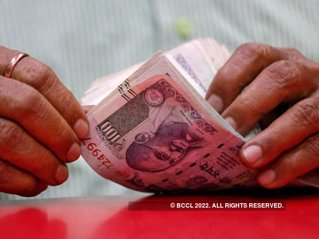 Rupee Breaches The 70 Mark How Its Bad And Good