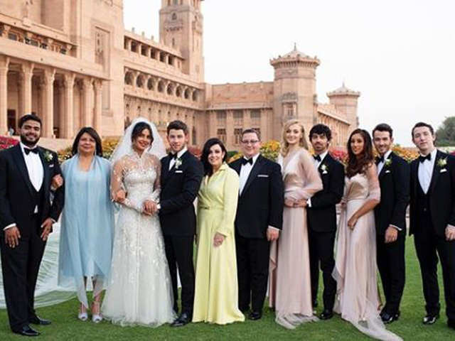 c1853f2e97 Priyanka Chopra shares family pictures from her wedding