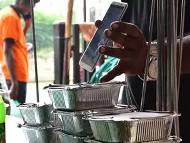 Swiggy Zomato Boycott By Ahmedabad Hotels Continues The Economic