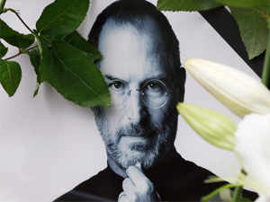 Sony keen on buying film rights of Steve Jobs biography