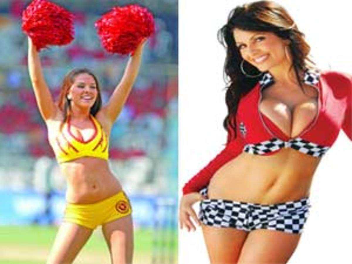 Hot babe cheerleaders