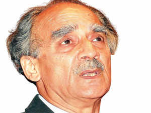 ONGC fiasco example of incompetence: Arun Shourie
