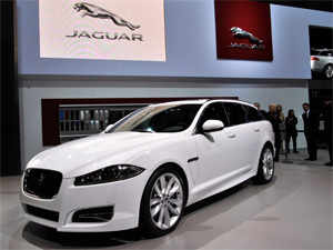 Jaguar Land Rover May Assemble Luxury Cars In India Within 3 5 Yrs
