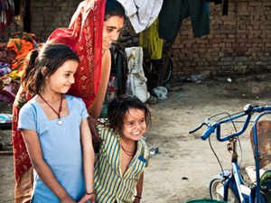 India sees a big drop in poverty as number of poor falls from 37% to 30% in 5 years