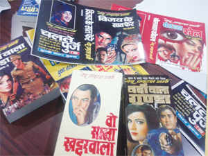 Pulp fiction art in Meerut is now losing out to graphic art