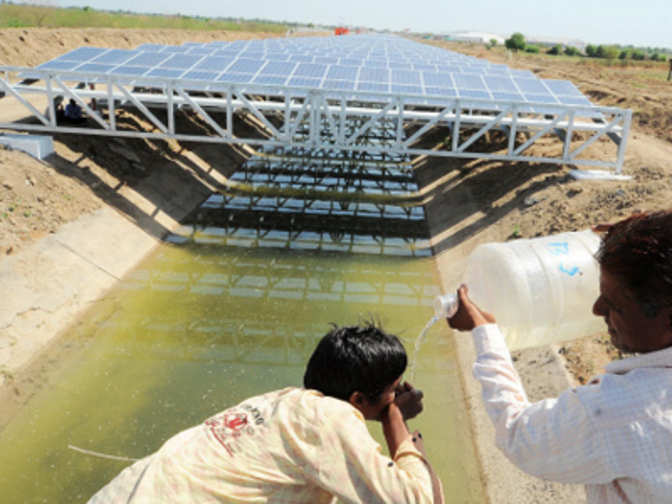 India S First 1mw Canal Top Solar Power Plant How