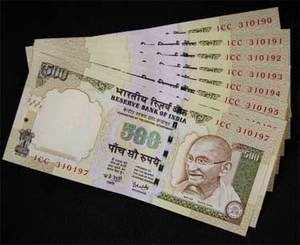 Experts' view: What should be done to stem rupee's slide?