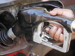 Petrol price hike: State-run oil firms raise petrol prices by up to Rs 7.50 per litre