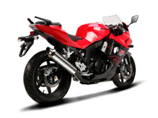 South Korea S S T Motors To Launch Hyosung Gt 250r At Rs 2 75 Lakh