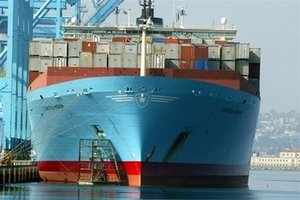 Jawaharlal Nehru Port Trust, is likely to face congestion as workers of  Gateway Terminal have threatened to go on strike.