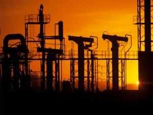 ONGC said it will start producing gas from a block that sits next to RIL's flagging KG-D6 fields in Bay of Bengal by 2016-17.