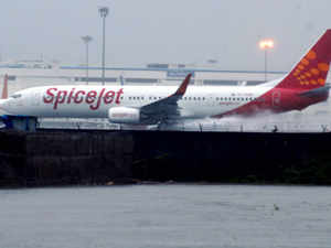 Over-discounting doesn't help anybody, certainly not in the long term. Short-term discounting done responsibly is fine, says SpiceJet's CEO,  Neil Raymond Mills