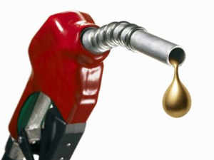 Over 70,000 petrol pumps across the country would function only for eight hours a day from October 15 if demands oil companies by then.