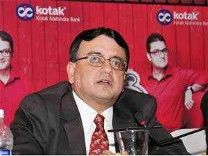 Virat Diwanji, Executive Vice President and Head branch bankin, Kotak Mahindra Bank addressing the media persons in Kochi. (TOI)