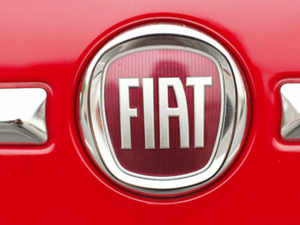 Fiat has asked a US court to help it define the price of a 3.3% stake in Chrysler that it has agreed to purchase from the workers' trust fund VEBA