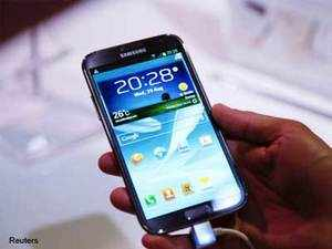 Samsung today said it expects its Galaxy Note portfolio to contribute 10-15 per cent of its smartphone market share in the country by year end