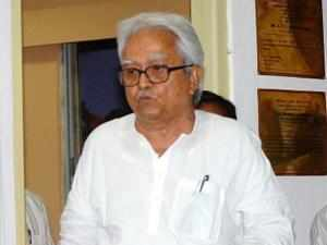 Four Left parties today asked the Election Commission not to allow panchayat elections in West Bengal to be held before the revision of electoral rolls.