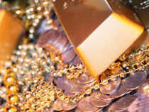 A drop in local gold prices to a three-week low has prompted a wave of buying in India from the beginning of this week, that marks the end of inauspicious shradh paksh.