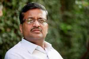 Ashok Khemka, who cancelled the sale deed of land of Robert Vadra to DLF, said any aggrieved party can go to court if they felt aggrieved.