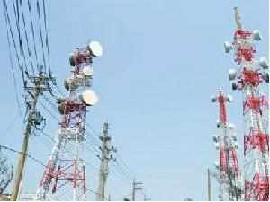The finance ministry wants all mobile spectrum held by existing cellphone companies to be auctioned when their permits expire in about two years.