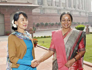 Myanmar's opposition leader Aung San Suu Kyi today called on Lok Sabha Speaker Meira Kumar in Parliament where they exchanged views on bilateral ties and other issues.