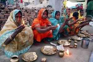 Lakhs of devotees, majority of them women, offered 'Arghya' to the Sun God today in various water bodies across Bihar on the third day of the Chhath festival.