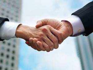 CavinKare is close to signing a distribution deal with Sweetwell India - the newly set-up India arm of Belgium firm sugar substitutes maker.
