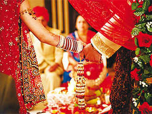 Andheri East is witnessing a high decibel of weddings because it hosts a plethora of venues, including five star hotels and professionals who have vast experience in organising fairytale weddings.