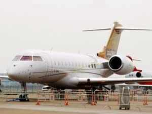 Etihad Airways is increasing its flight frequency to Kozhikode beginning January 1, 2013, the airline has said.