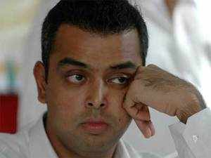 """Spectrum in the 2G bands of 800 Mhz and 1800 Mhz were put to auction on all 22 service area, as directed by Hon'ble Supreme Court,"" Minister of State for Communications and IT Milind Deora informed the Lok Sabha in written reply."