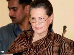 Sonia Gandhi 'spreading lies' against Gujarat government: Narendra Modi