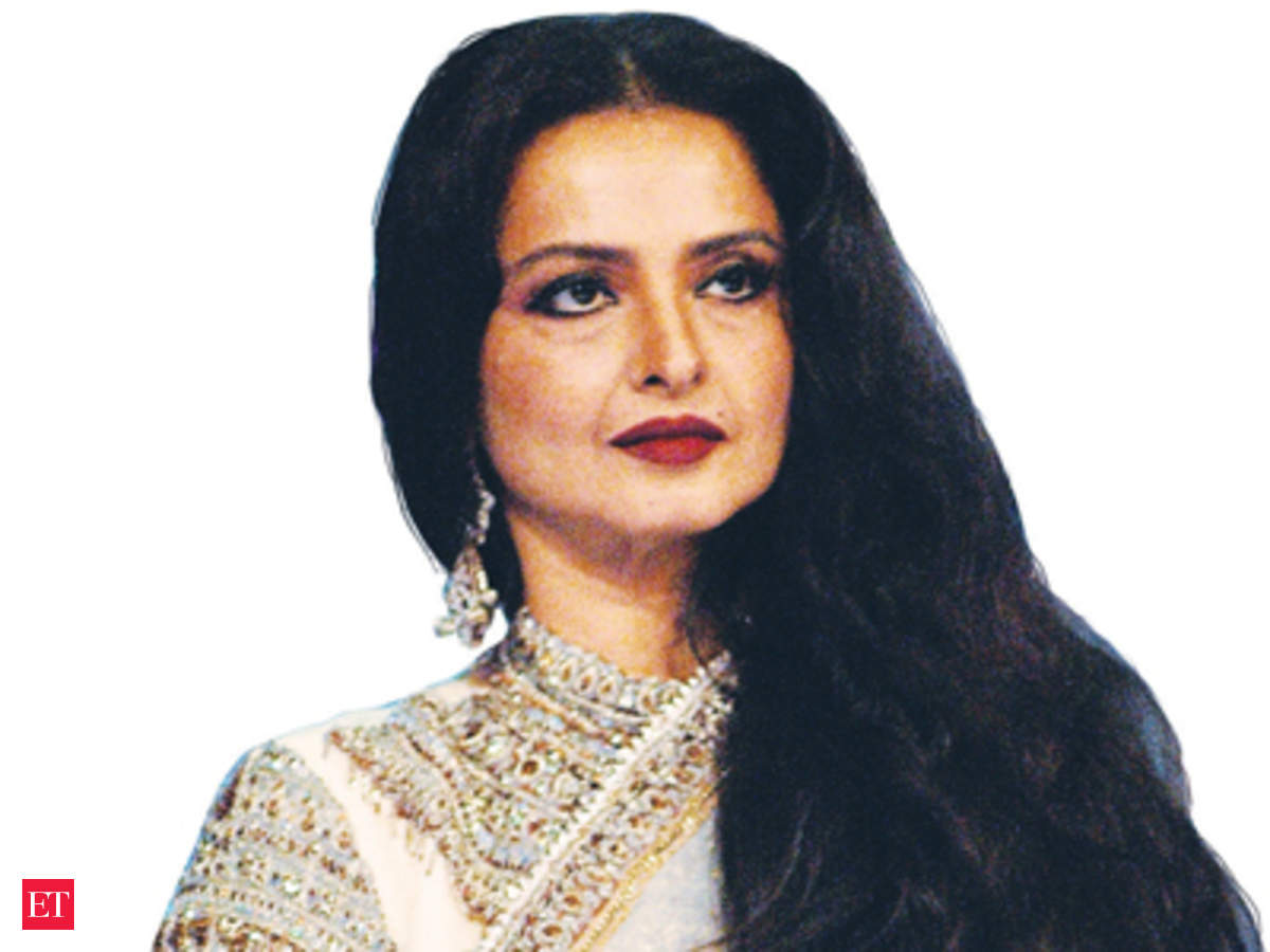 Mars Ropes In Rekha For Snickers To Challenge Kraft Cadburys Hold