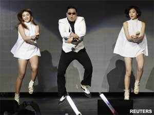 South Korean rapper Psy's hit song 'Gangnam Style' has become the first video to clock up more than one billion views on Youtube.