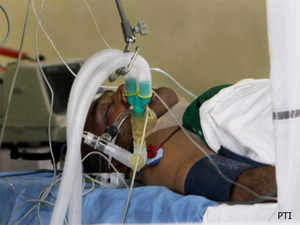 Delhi Police has been maintaining that constable Subhash Tomar was injured by protesters near India Gate on Sunday when the protests against the gang-rape of a young girl turned violent.