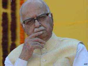 History of education should not be confined to teachings of rulers and war heroes. It should also include the messages of great saints and gurus of the country, Advani said.